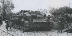 """StuG III Ausf B from 192 Stg Abt in heavy mud - """"rasputitca"""" in Russian, autumn 1941 German Soldiers Ww2, German Army, Battle Of Moscow, European Map, Ww2 Photos, Armored Fighting Vehicle, Total War, World Of Tanks, Germany"""