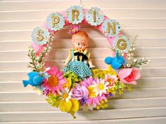 Vintage Sweet Dolly Springtime Wreath by dimestorechic on Etsy Vintage Easter, Vintage Holiday, Spring Banner, Vintage Wreath, Easter Crafts, Easter Decor, Summer Wreath, Spring Wreaths, Plastic Flowers