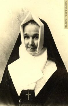 St Rose Of Lima, Daughters Of Charity, Nuns Habits, Saint, Vintage Photos, Christianity, Catholic, Marie, Religion