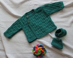Ravelry: Project Gallery for Cardigan and baby's bootees pattern by Plassard n°33, la ronde des tout-petits