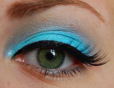 blue eye makeup with fake eye lashes #makeup #beauty #colourful