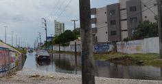 Chuvas causam alagamentos e quedas de árvore em João Pessoa