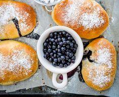 jagodzianki Hamburger, Berries, Food And Drink, Bread, Fruit, Cooking, Recipes, Drinks, Bakken