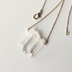 Pin for Later: 43 coole, super-stylische Geschenke zum Selberbasteln Eine Kristall-Kette