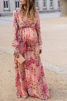 The maternity sweet v neck pink print long-sleeved ruffled dress  with long sleeve is so casual and you  will love it. #maternityoutfits #maternityoutfitscouples #maternitydresssummer #maternitydress #maternitydressescasual #pregnancystyle #pregnancystylesummer #pregnancyoutfits #summerpregnancyoutfits