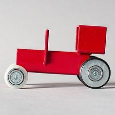 Car model: Tractor and WagonDesign: Floris HoversMaterial: painted steel profiles