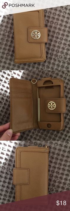 Tory Burch IPhone 5 Case Love this case! Light scuffing on the back right corner, other than that I'm brand new condition. Upgraded my IPhone so I have no use for it anymore. Tory Burch Accessories Phone Cases