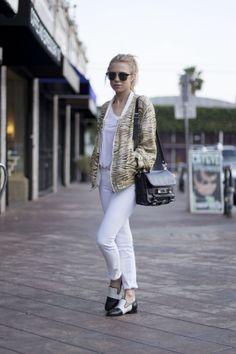 J Brand Distressed Skinny Jeans in Blanc