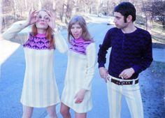 Marie-Louise De Geer, Johanna Hald och Adam Inczedy-Gombos modellar för Mah-Jong 1966. Fotograf Carl-Johan De Geer