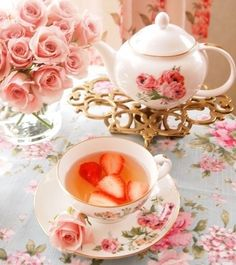 Tea & Strawberries