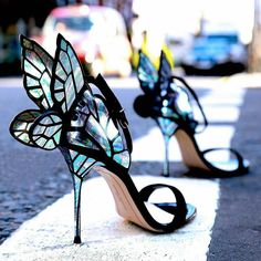 Shoes or Art?  Ayakkabı mı? Sanat mı?  #shoes #shoedesign #accessories #fashion #fashionista #fashionlove #freedom #wisdom #love #loveiseverywhere #design #designthinking #art #shape #lessismore #fashiondesign #butterfly #kelebek #nyc