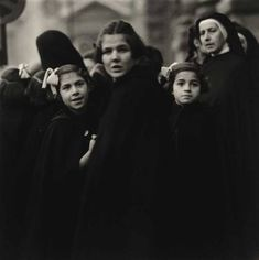 Diane Arbus. Nuns and their Charges, Italy 1952