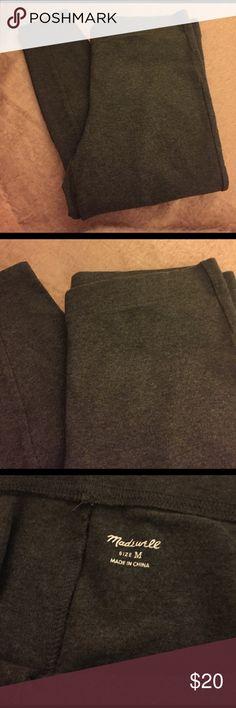 Madewell Dark Gray Leggings Madewell dark gray leggings. Size Medium.  Only wore these twice.  Run true to size. Madewell Pants Leggings