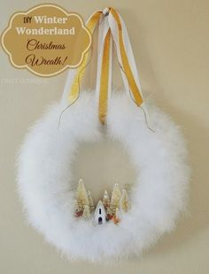 DIY~ Winter Wonderland Christmas Wreath - Craft-O-Maniac. Not sure about the furry stuff but I like the little town! Wreath Crafts, Diy Wreath, Christmas Projects, Holiday Crafts, Wreath Ideas, White Wreath, Green Wreath, Holiday Decor, Diy Crafts