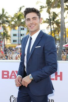 Zac Efron attends the world premiere of Paramount Pictures film 'Baywatch.'