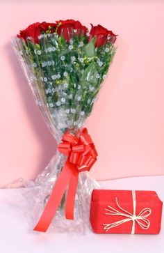 Online bouquet delivery in india. At myfloralapp, we believe that sending flowers or cakes is simply the best way to express your emotions or celebrate your moments with someone. Online bouquet delivery in india. We bring you the best quality of flowers, cakes, sweets and chocolate for that perfect for any season for celebrating any occasion. Online bouquet delivery in india.