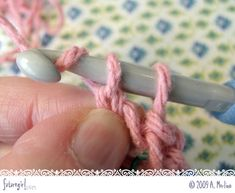 I use this all the time, so just had to pepin it for others to learn, seriously once you master it, you'll never want to do it any other way. Also there are lots of photos and a video to help you learn. Foundation single crochet, this is an excellent tutorial for this fabulous method for your first two rows, keeps them from getting too tight, and it's very easy.