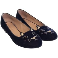Pre-owned Charlotte Olympia Navy Kitty Flats ($226) ❤ liked on Polyvore featuring shoes, flats, navy, navy flat shoes, charlotte olympia, charlotte olympia flats, flat pumps and flat heel shoes