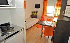 Park&Suites Confort Bourg en Bresse** -  chambre simple  #bourgenbresse #hotel #apparthotel #appartement #3pieces http://www.parkandsuites.com/fr/apparthotel-bourg-en-bresse