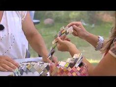 Se hvordan man fletter en kvadratisk bund - Candy Wrap-flet - YouTube