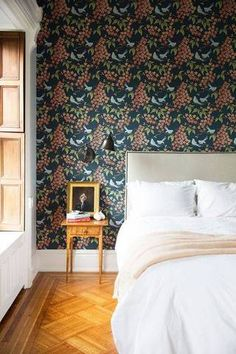 Accent Wall Ideas Floral Wallpaper In Bedroom