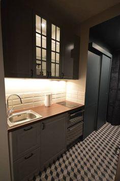 Appartement 30 m2 coeur de Paris, Parisd'intérieur - Côté Maison Decor, Cabin, Home, Kitchen Cabinets, Cabinet, Kitchen