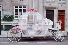 Weddbook ♥ Fairytale Wedding Car for dream wedding. Cindrella's wedding car with pink roses. Cinderella Carriage, Cinderella Wedding, Princess Carriage, Cinderella Coach, Real Cinderella, Princess Wedding, Cinderella Theme, Princess Fairytale, Perfect Wedding