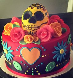 Just finished a sugar skull cake Sugar Skull Cakes, Sugar Skulls, Cake Cookies, Cupcake Cakes, Skull Cupcakes, Pasteles Halloween, Day Of The Dead Cake, Fiesta Cake, Ring Cake
