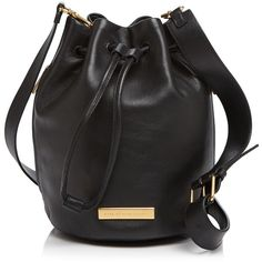 Marc By Marc Jacobs Shoulder Bag (5.778.165 IDR) ❤ liked on Polyvore featuring bags, handbags, shoulder bags, black, genuine leather purse, bucket bag, leather shoulder handbags, leather bucket purse and marc by marc jacobs handbags