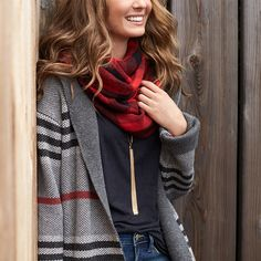 Be more stylish now! Learn 10 ways to look chic with minimal effort Stitch Fix Blog, Stitch Fix Fall, Stitch Fix Stylist, Stitch Fix Outfits, The Cardigans, Vogue, Look Chic, Fall Wardrobe, Autumn Winter Fashion