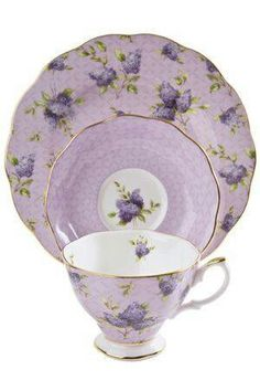 I bought this lovely set while recently in England...Royal Albert 'Hartington Love'