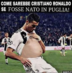 Come sarebbe Cristiano Ronaldo Messi Vs Ronaldo, Ronaldo Football, Goals Football, Football Memes, Cristiano Ronaldo Goals, Ronaldo Skills, Real Madrid Team, Most Popular Social Media, Soccer
