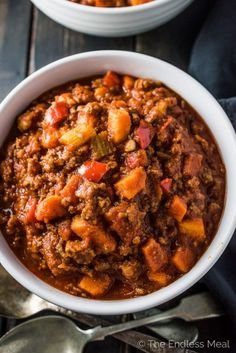 Easy Paleo Dinner Recipes is Among the Beloved Dinner Of Numerous People Round the World. Besides Easy to Produce and Good Taste, This Easy Paleo Dinner Recipes Also Health Indeed. Healthy Chili, Paleo Chili, Chili Recipes, Crockpot Recipes, Easy Paleo Dinner Recipes, Healthy Recipes, Paleo Ideas, Healthy Meals, Paleo Burger