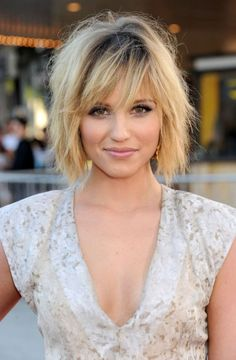 Image 6 of 29 - Short Layered Bob Hairstyle With Bangs | Photo ...