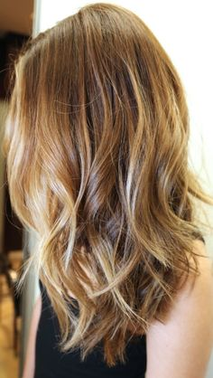 I think my natural haircolor is like this.  I need to grow it out & find out.