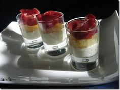 Small glasses that are too easy and that will surprise you! – mirliton – # -… – Small glasses that are too easy and that will surprise you! Cheers, Pineapple Cup, Watermelon Recipes, Hors D'oeuvres, Pause, Granny Smith, Creme Fraiche, Chutney, Food Pictures