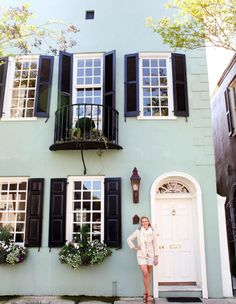 "Home of Hanna Brooks Nation, Founder of ""Gadabout"" in Charleston, SC {Matchbook Magazine May 2011}"