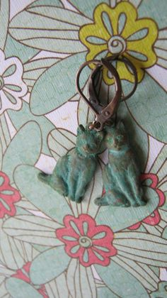 Cat Earrings Verdigris, Antiqued Copper Leverback Earwires, Kitty earrings, animal earrings. $15.00, via Etsy.