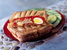Croque monsieur à la niçoise Monsieur Parfait, Croque Mr, Meatloaf, Salmon Burgers, Meal Prep, Sandwiches, Brunch, Food And Drink, Pie