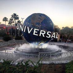 Universal Studios Theme Park❤️ #vaca #girls #fun #friends #rollercoaster #orlando #universalmoments #florida