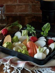 お好みの根野菜 ・・・・・・ 適量 今回は、蕪、人参、ロマネスコ、黒大根、さつまいも、ラディッシュ、百合根を使いました