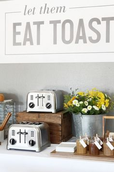 I've had this idea to do a Toast Bar for over a year, but I've just been waiting for the . Read moreHow to Have a Toast Bar Bagel Bar, Wedding Toast Samples, Black Sesame Ice Cream, Cake Games, Easy Smoothie Recipes, Wedding Toasts, Pumpkin Spice Cupcakes, Vintage Party, Water Recipes