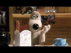 Wallace & Gromit: The Wrong Trousers - Cracking Toast opening scene with seamless good continuity.