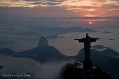 Statue of Christ the Redeemer and Sugarloaf.