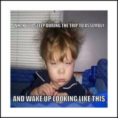 Reflexive Verbs Buen humor no se me despierta hasta mediodía Marine Humor, Navy Memes, Navy Humor, Humor Mexicano, Funny Memes, Hilarious, Funny Videos, Jw Funny, Funniest Memes