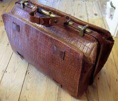 WONDERFUL VINTAGE GLADSTONE BAG - Attache Doctors Case Leather Briefcase Antique