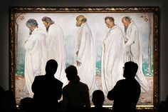 """Visitors in front of Ferdinand Hodler painting """"Eurythmie"""" on display at the Rath museum in Geneva during the Hodler Parallelism temporary exhibition. Ferdinand, Look Alike, Photojournalism, Being Used, Art Museum, Street Photography, Oil On Canvas, Improve Yourself, Culture"""