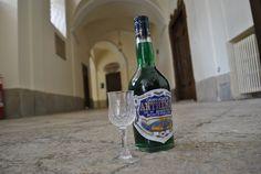 """""""Maledetta la sobrietà. Da noi si beve troppo poco spirito, per averne qualche traccia!"""" (cit. - 1930)"""