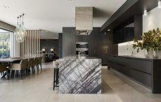 City Residence - Contemporary - Kitchen - Melbourne - by Patrick Meneguzzi Interiors Black And White Marble, Black Cabinets, Marble Tiles, Marble Countertops, Beautiful Kitchens, Contemporary, Interiors, Melbourne, Furniture