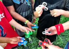 If you would have eyes, children or internet you would have surely noticed the fidget spinner craze among the young generation. Spinning around their...